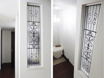 シンプルながら奥が深い!玄関横の窓に「ラインアート」を設置した事例 (静岡県浜松市 K様)