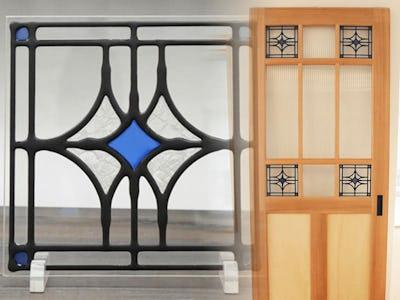 メリハリUP!ドア窓に「スクウェア」を使用した事例 (三重県南牟婁郡 E社様)
