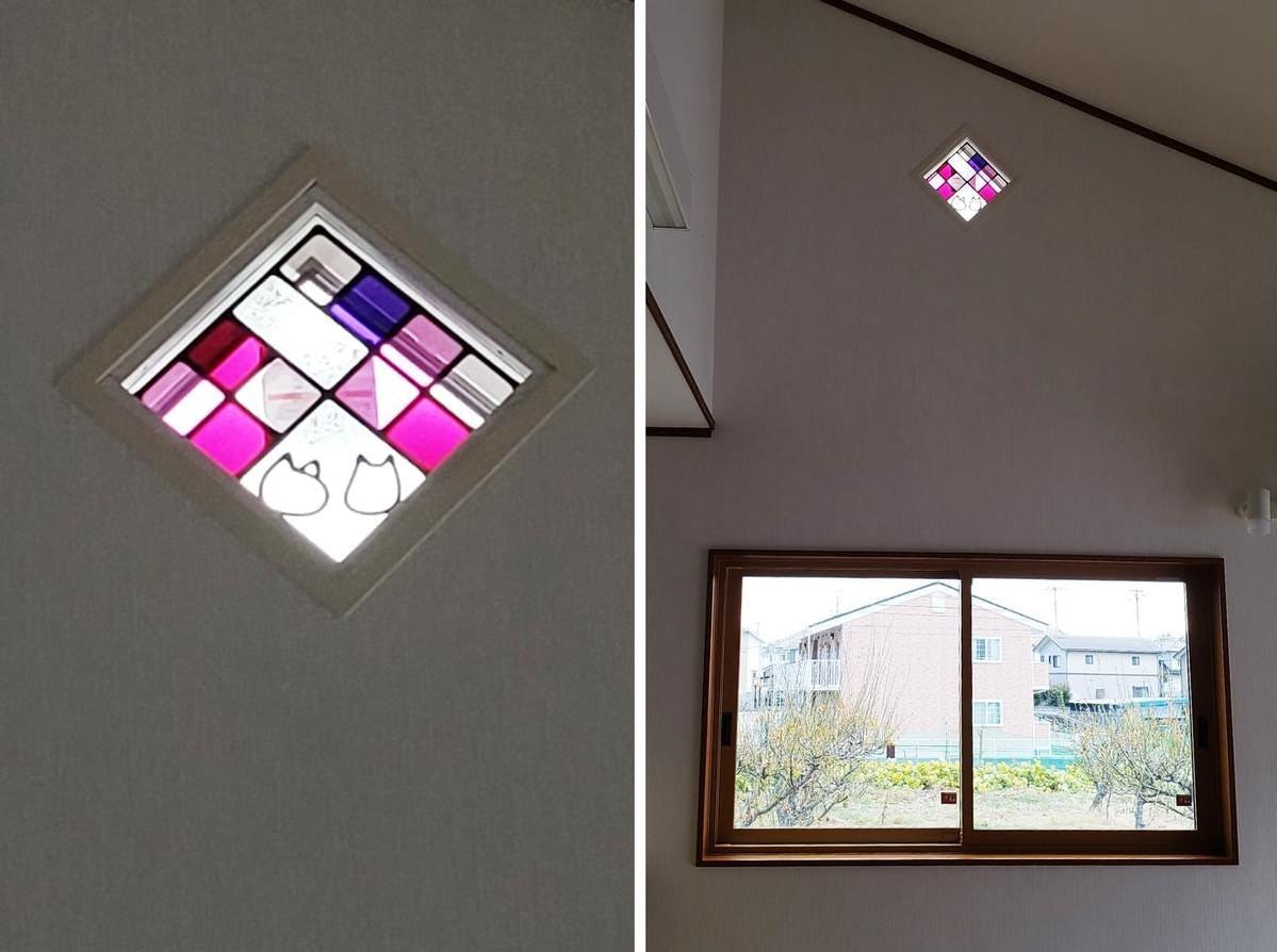 「フルオーダーステンド」が設置された飾り窓