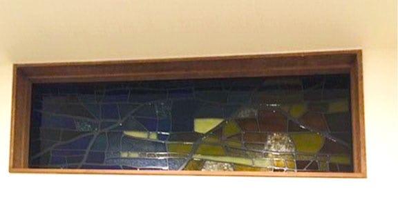 「ブリリアント モーメントK03」が取り付けられた室内窓