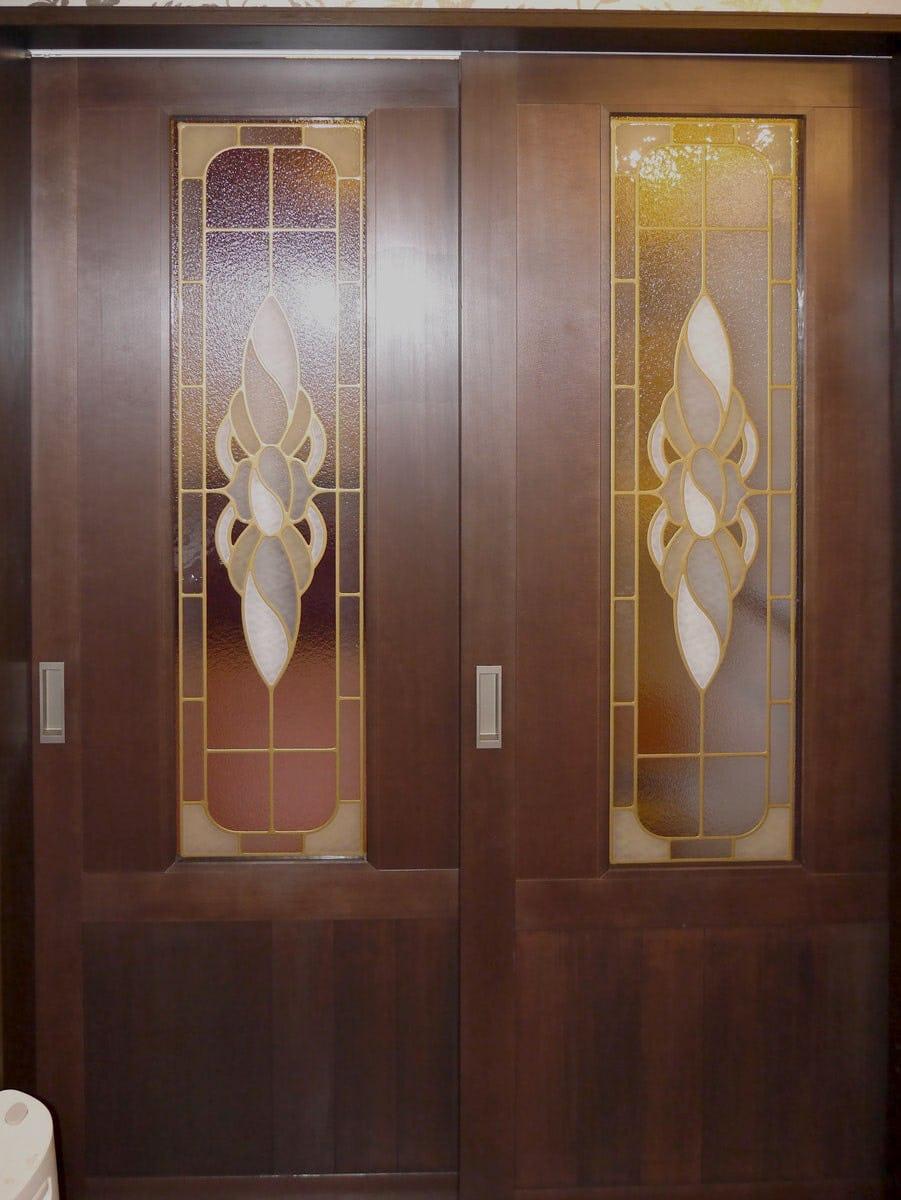 「ブリリアントモーメントG20」が設置された室内引き戸の様子(1)