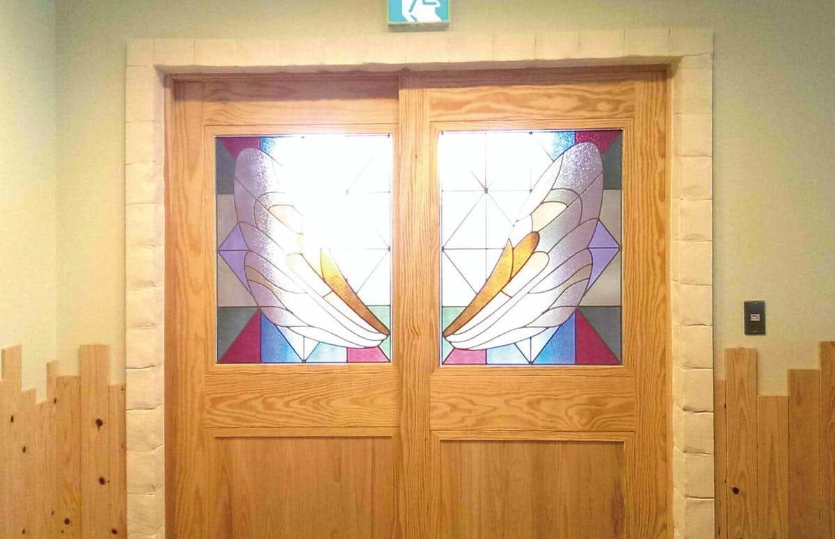 「フルオーダーステンド」が設置された保育園の室内引き戸の様子(1)