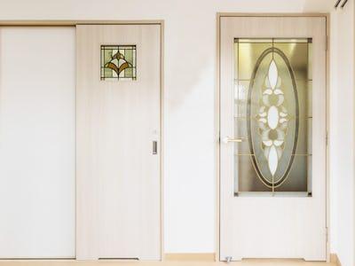 賃貸マンションのドア窓に「スクウェア」と「ブリリアントモーメント」を設置した事例 (愛知県名古屋市 M社様)