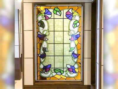 会社の室内窓に!花柄の「ブリリアントモーメント」を使用した事例(福島県福島市 K様)