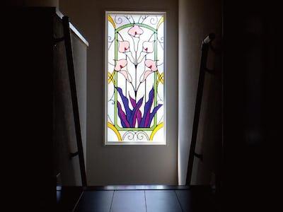 階段を明るく華やかに!明かり取り窓に「ブリリアントモーメント」を使用した事例