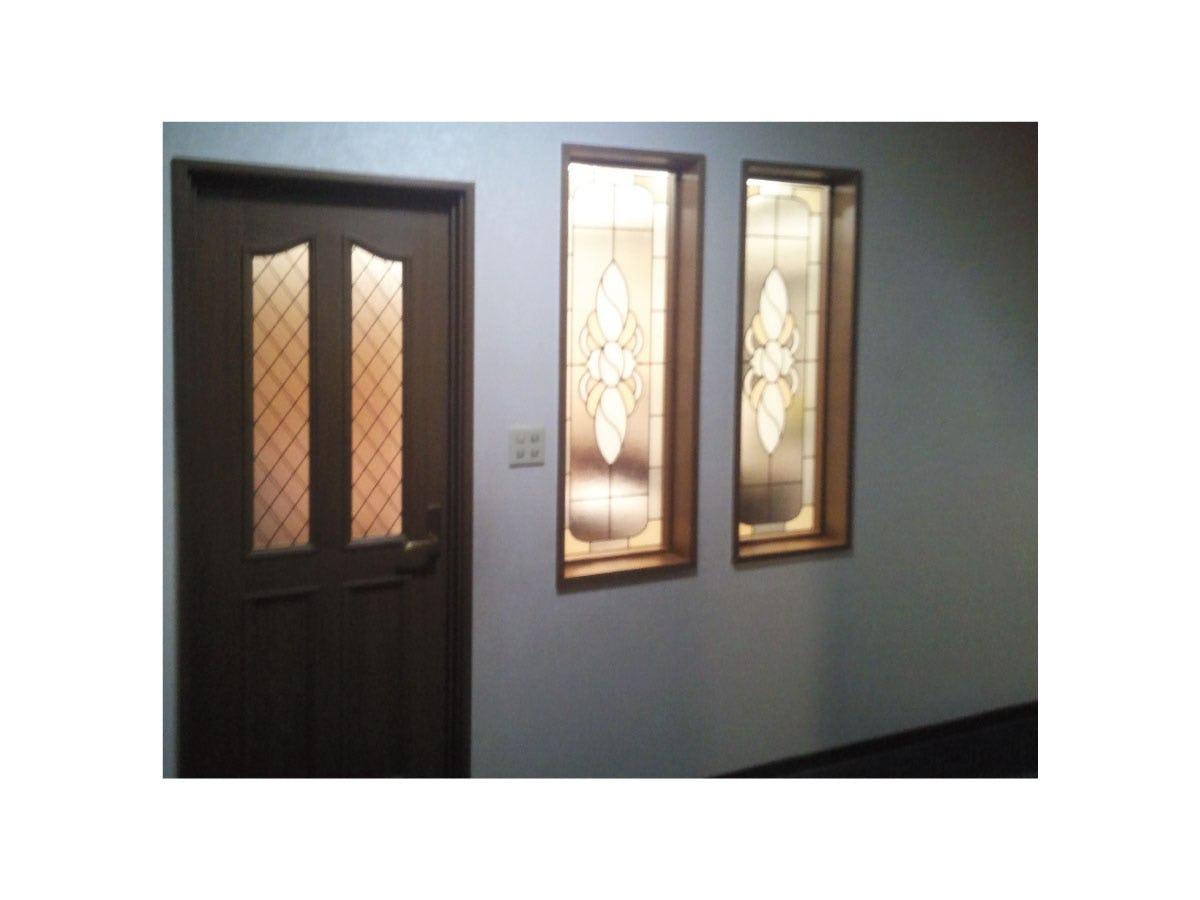 「ブリリアントモーメント G20」を設置した室内窓の様子